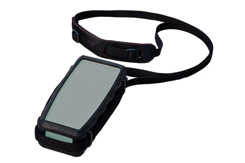 Shoulder strap with protective caps for mobile utilisation